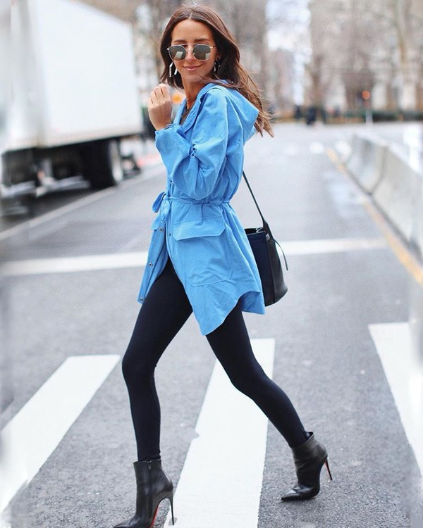 shoes ankle boots black boots black leggings blue jacket black bag