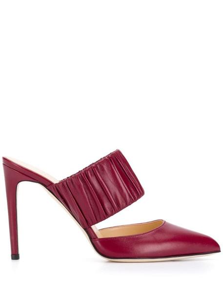 Chloe Gosselin heeled pumps in red