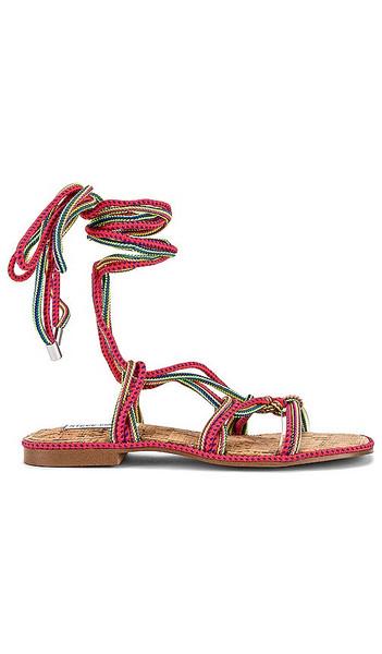 Steve Madden Sensible Sandal in Pink in multi