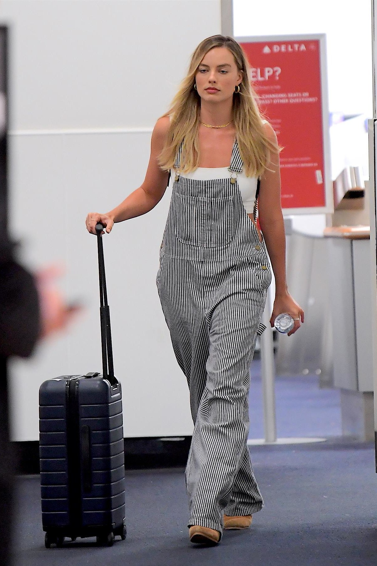 jumpsuit stripes pants overalls margot robbie celebrity spring outfits