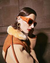 sunglasses,jacket,jewels