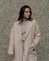 coat,skirt