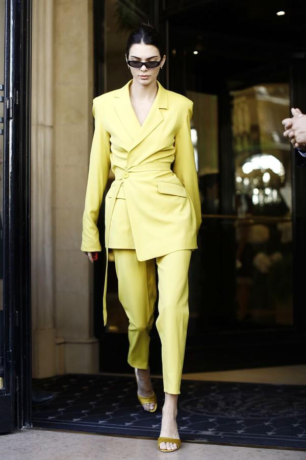 coat kendall jenner streetstyle streetwear women's suit suit yellow