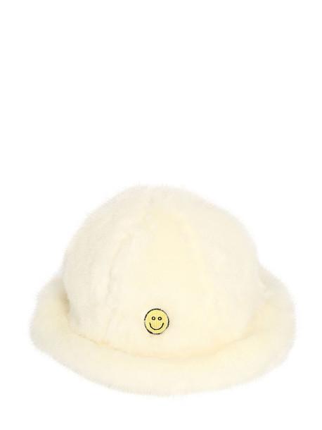 KIRIN Smile Faux Fur Hat in white