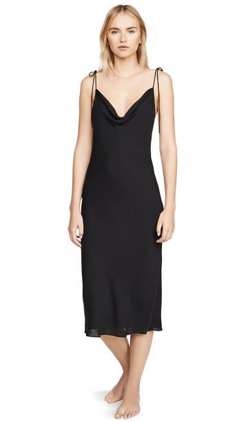 Kiki De Montparnasse Simple Slip Dress in black