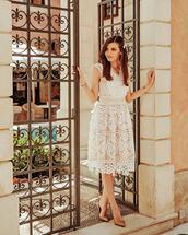 dress,midi dress,v neck dress,lace dress,white dress,pumps,sleeveless dress,elegant dress
