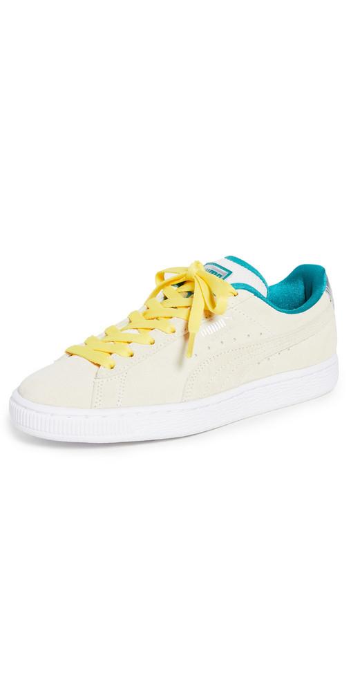 PUMA Suede Classic Sneakers in white