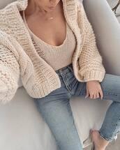 sweater,beige sweater