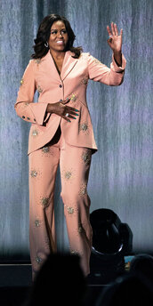 pants,embellished,blazer,suit,Michelle Obama,first lady outfits