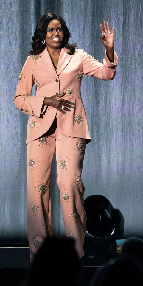 pants embellished blazer suit Michelle Obama first lady outfits