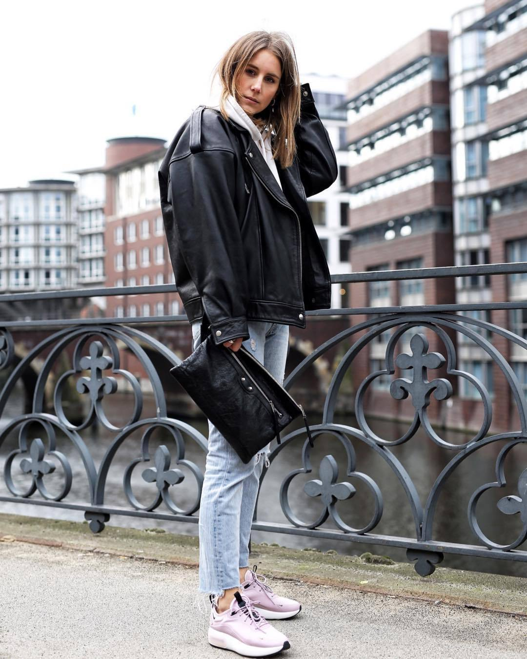 jacket black leather jacket sneakers cropped jeans ripped jeans black bag white hoodie