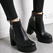shoes,booties,heels,black,boots