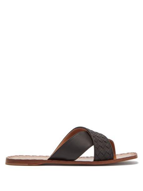 Bottega Veneta - Intrecciato Cross Strap Leather Slides - Womens - Black