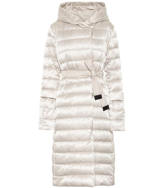 Max Mara Novelu reversible quilted coat in white