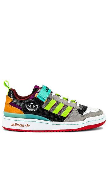 adidas Originals Forum Low Sneaker in Grey in mint / pink / fuchsia