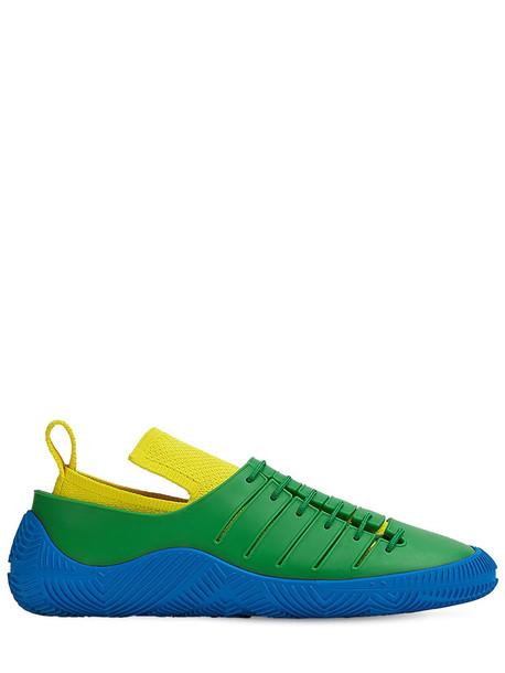 BOTTEGA VENETA 10mm Rubber Sneakers in green / yellow
