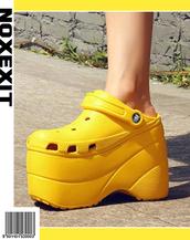 shoes,platform crocs,platform clogs