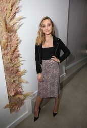 skirt,animal print,leopard print,spring outfits,spring,pumps,jacket,top,cropped jacket,Maddie ziegler,bodysuit