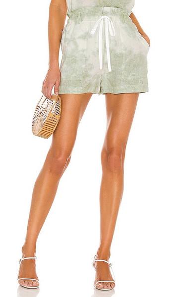 Bella Dahl Paper Bag Pocket Short in Green in mint