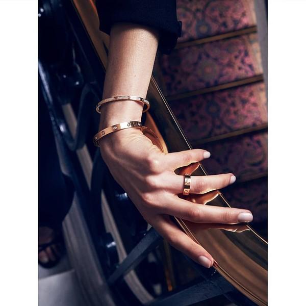bracelets gold bracelet jewels