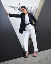 pants,white pants,high waisted pants,max mara,pumps,black blazer,double breasted,white t-shirt,black belt,classy,fendi
