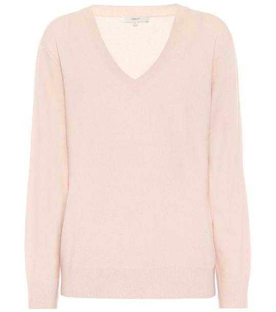 Vince Cashmere V-neck sweater in pink