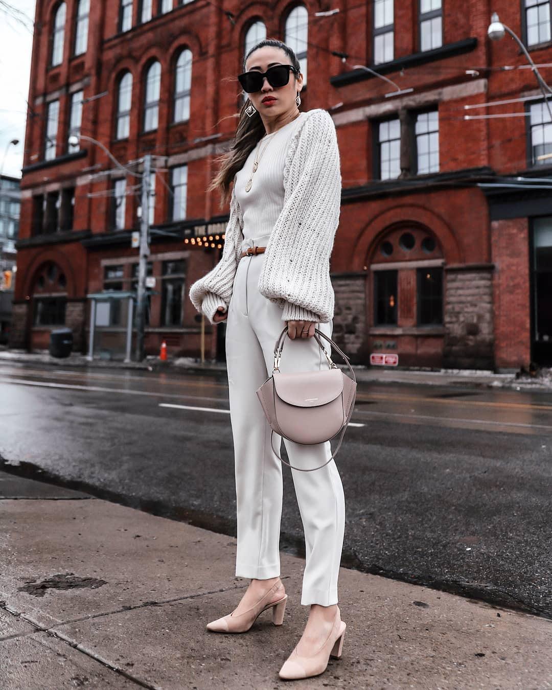 pants white pants high waisted pants slingbacks shoulder bag knitted sweater puffed sleeves