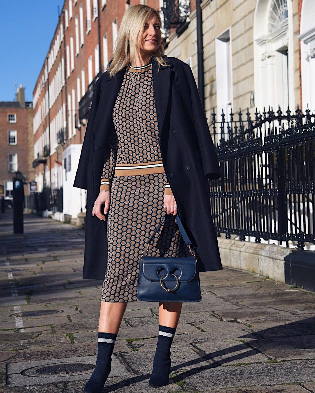 skirt midi skirt bodycon skirt h&m sweatshirt sock boots navy shoulder bag coat double breasted