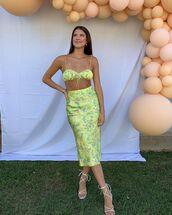 skirt,midi skirt,floral skirt,crop tops,white sandals