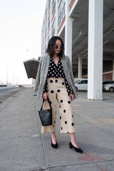 the fancy pants report blogger pants