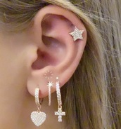 jewels,earings,piercing jewels earings,gold earings,cool earing,gold,gold jewelry,diamonds,blonde hair,sparkle,sparkle jewelry,sparkling jewels