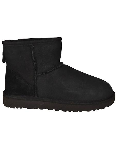 UGG Mini Classic Ii Ankle Boots in nero