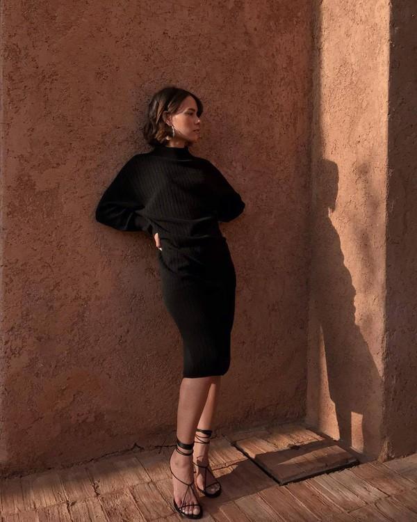 dress midi dress long sleeve dress turtleneck dress black sandals