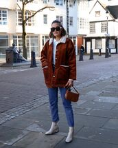 jacket,shearling jacket,ankle boots,cropped jeans,t-shirt,brown bag