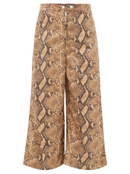 Ellery - Nuance Snakeskin Effect Wide Leg Cropped Trousers - Womens - Camel