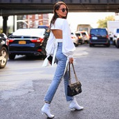 top,white top,crop tops,long sleeves,skinny jeans,ankle boots,white boots,gucci bag