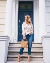 bag,handbag,wood,pumps,high waisted jeans,blouse