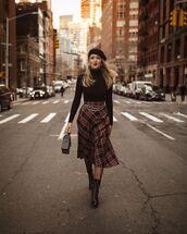 skirt,plaid skirt,midi skirt,black boots,lace up boots,tights,black bag,handbag,black turtleneck top,beret