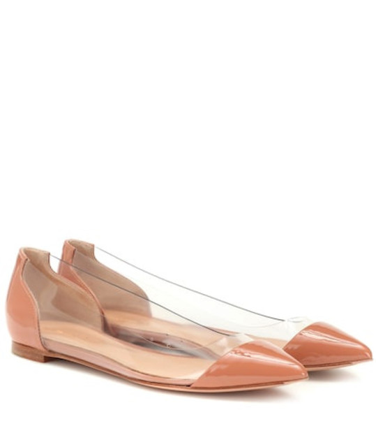 Gianvito Rossi Plexi patent leather ballet flats in pink