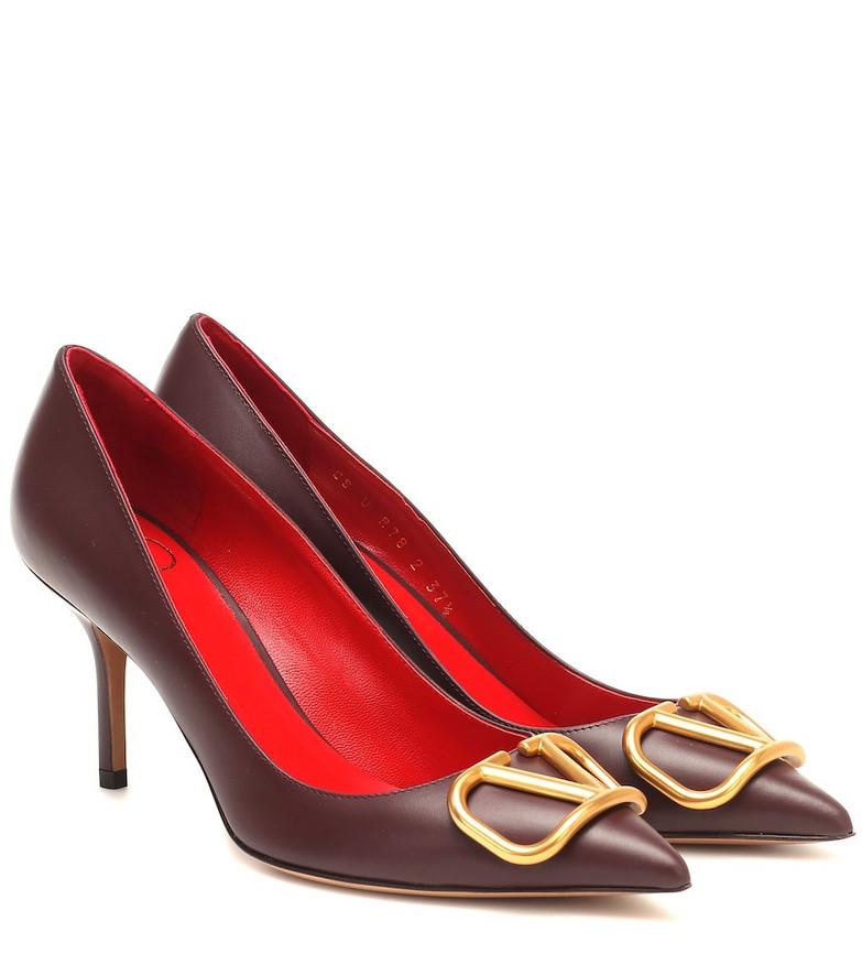 Valentino Garavani VLOGO leather pumps in red
