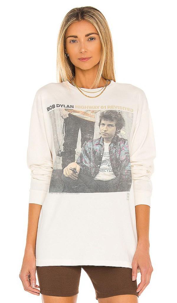 DAYDREAMER Bob Dylan Highway 61 Tee in Cream in white