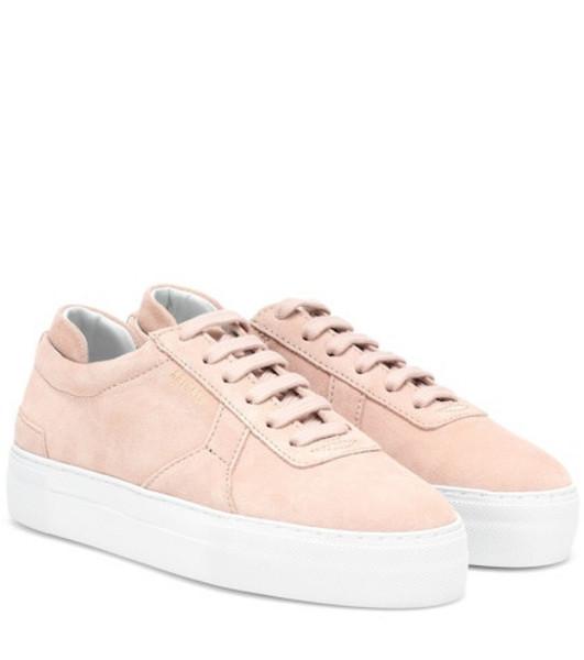 Axel Arigato Suede platform sneaker in pink