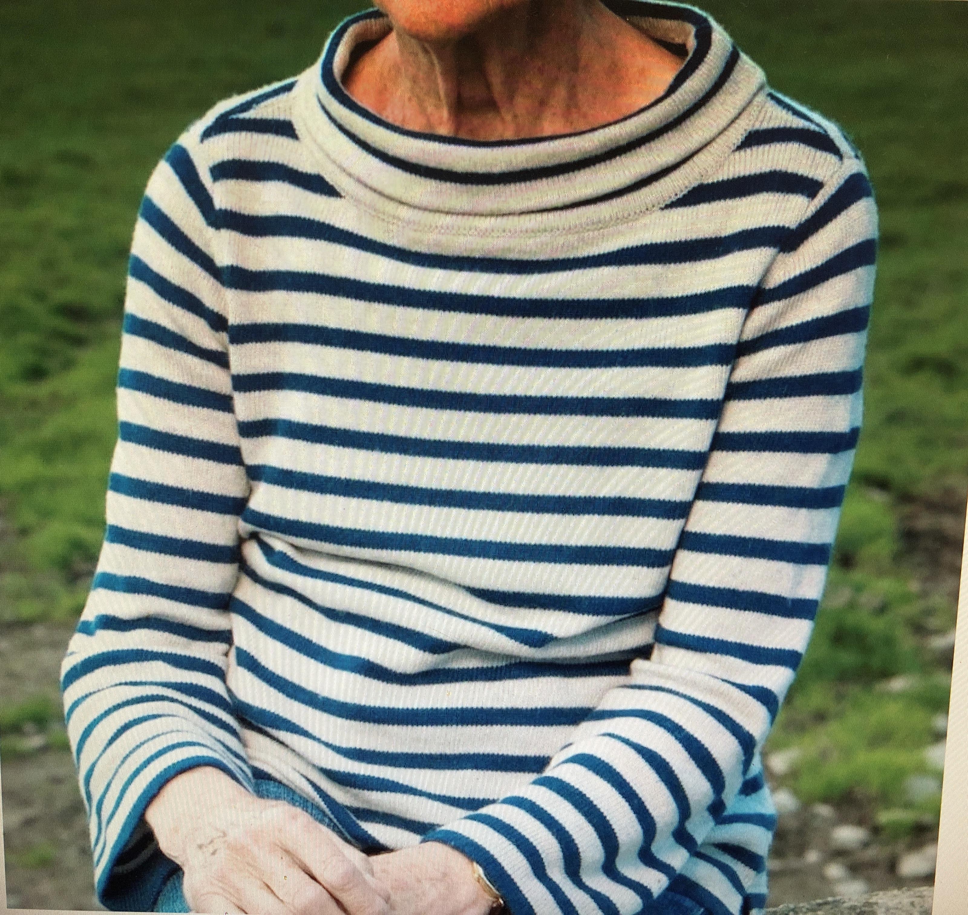 sweater doc martin ruth