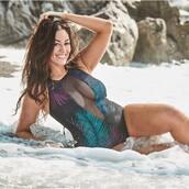 swimwear,one piece swimsuit,ashley graham,plus size swimwear,instagram