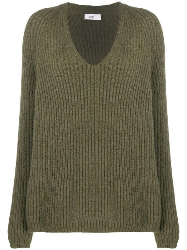 Closed v-neck ribbed jumper in green