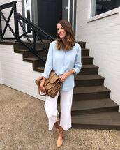 top,blue shirt,wide-leg pants,white pants,cropped pants,mules,shoulder bag,brown bag