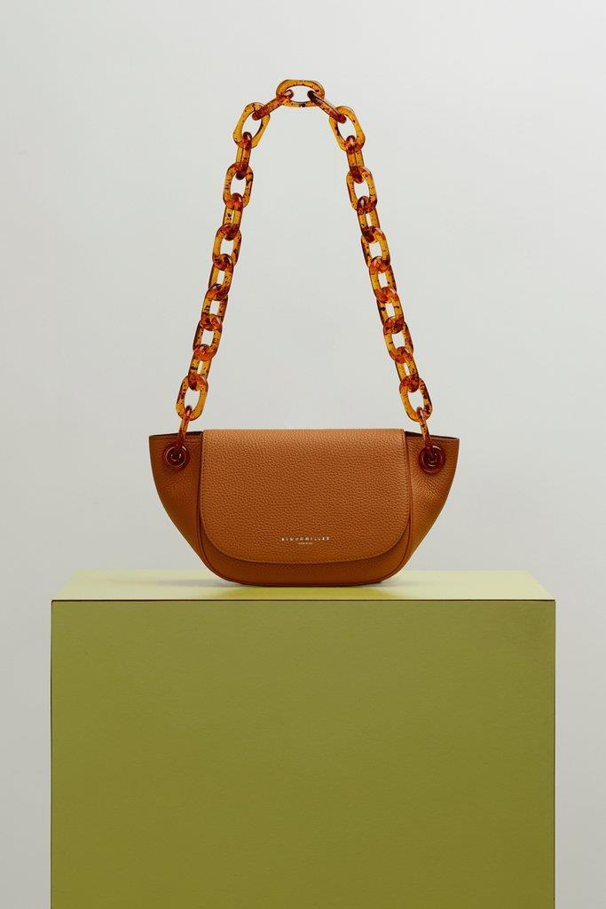 S821 Bend Bag in Toffee