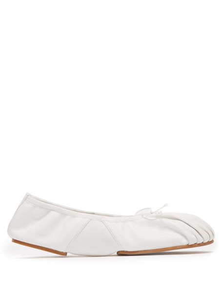 Acne Studios - Betty Ruched Leather Ballet Flats - Womens - White