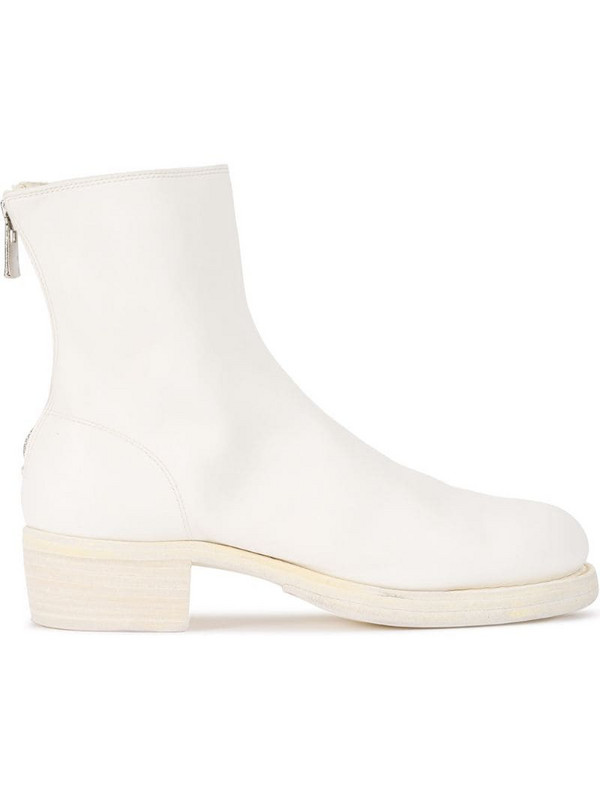 Guidi zipped ankle boots in white