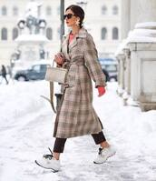 coat,trench coat,plaid,long coat,sneakers,pants,sweater,handbag,sunglasses,winter outfits